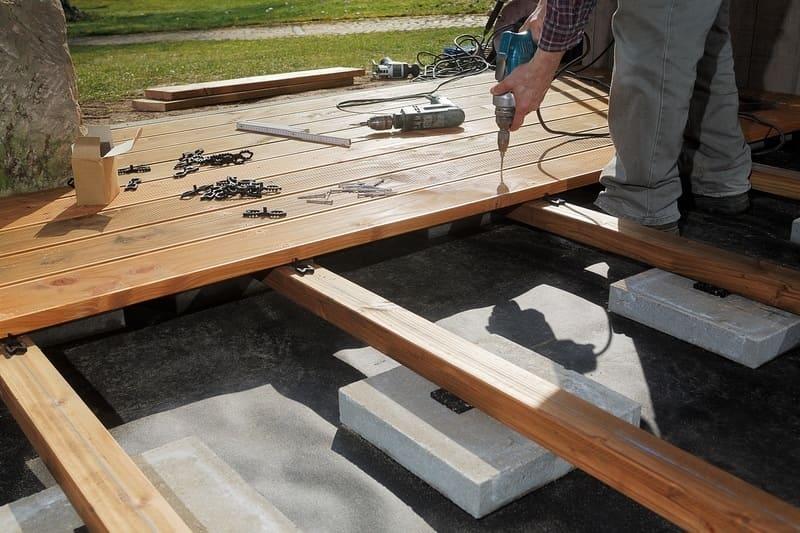 deck builders Seattle